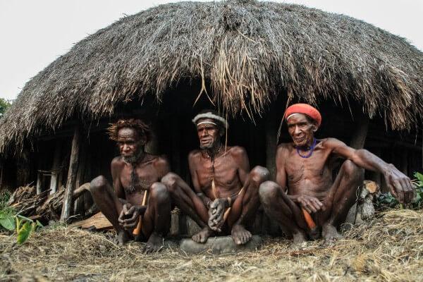 Papouasie, des peuples fragiles