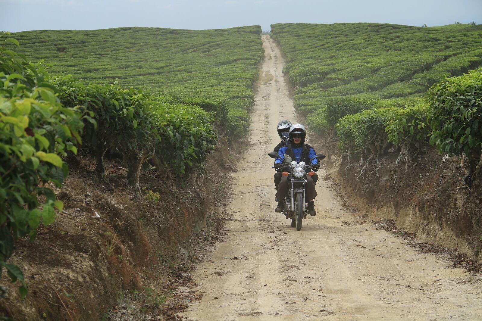 Notre circuit à moto en Royal Enfield à Java