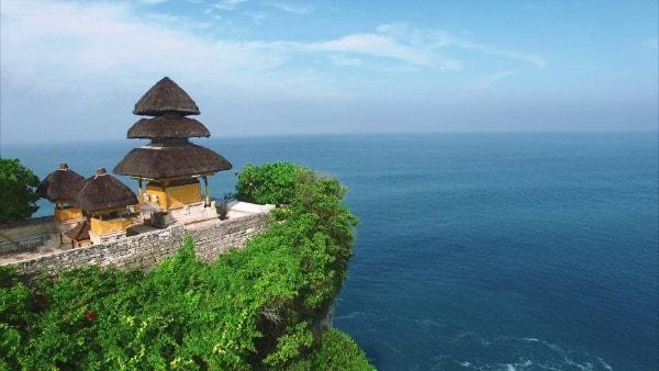 Le temple d'Uluwatu à Bali