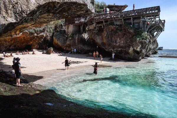 La plage de Suluban