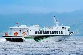 Un fast boat au large de Bali