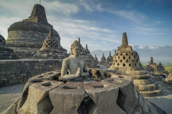 Le temple de Borobudur, près de Yogyakarta à Java