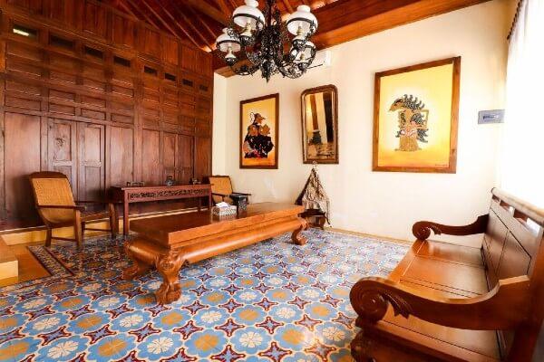 Intérieur typique d'une maison javanaise